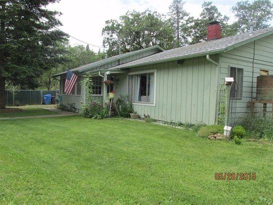 372 Schoolhouse Ln, Shady Cove, OR 97539
