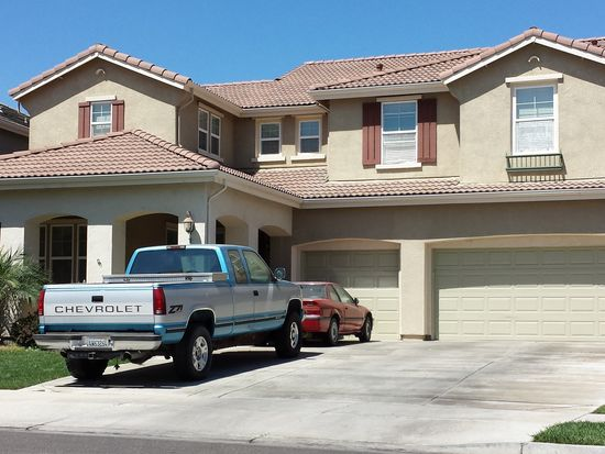 1121 Van Gogh Ln, Patterson, CA 95363