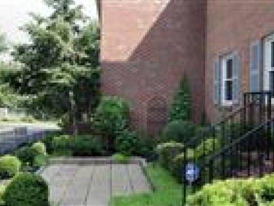 279 Patchen Dr, Lexington, KY 40517