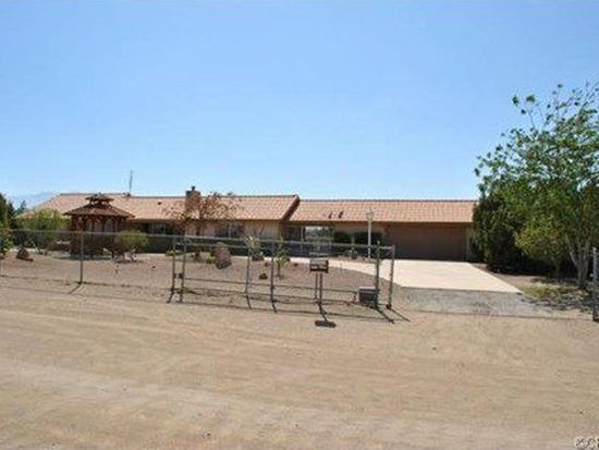 9944 Rose Dr, Oak Hills, CA 92344