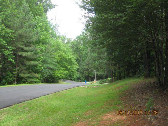 202 Twisted Oak Dr, Greenwood, SC 29646
