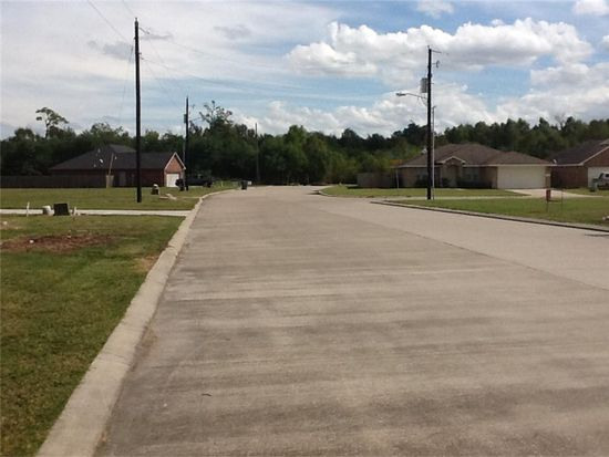 5660 Kingswood Dr, Beaumont, TX 77708