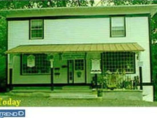 4 Yardley Ave # APT B, Fallsington, PA 19054
