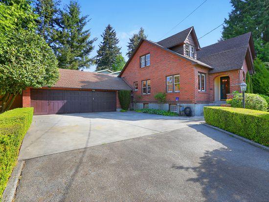1532 N 128th St, Seattle, WA 98133