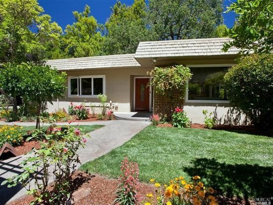 9 Castle Rock Ave, Woodacre, CA 94973