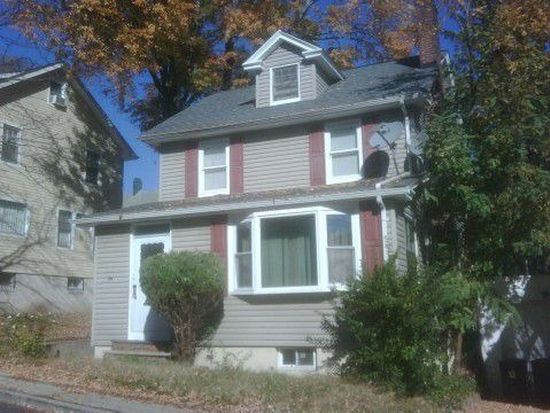 34 Ridgehurst Rd, West Orange, NJ 07052