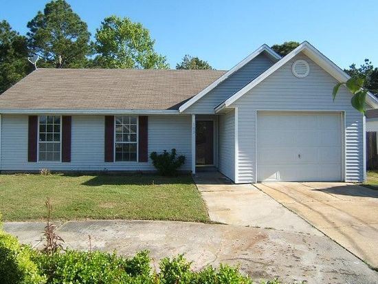 103 Austin Ct, Mary Esther, FL 32569