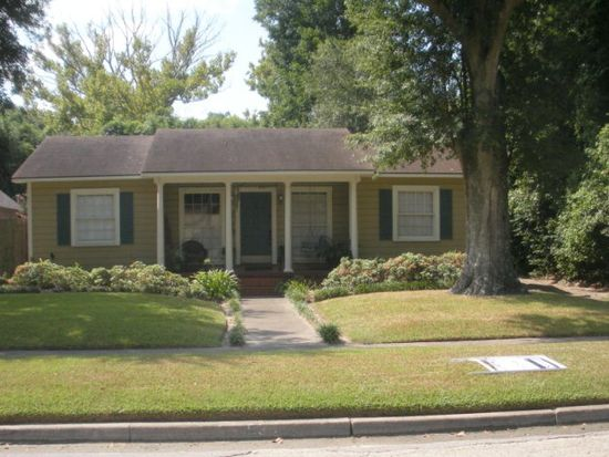 585 Hooks Ave, Beaumont, TX 77706