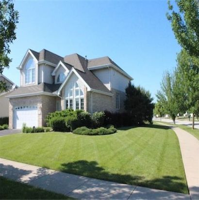 201 Seminary Dr, Dyer, IN 46311