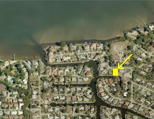 482 Keenan Ave, Fort Myers, FL 33919