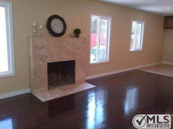 7838 Bellingham Ave, North Hollywood, CA 91605