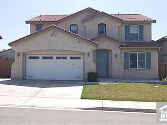 5935 Creekside Dr, Fontana, CA 92336