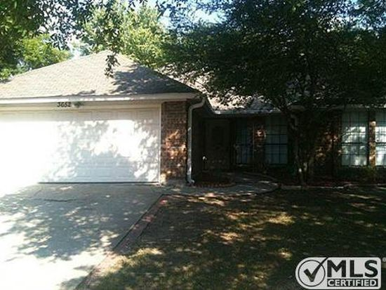 3652 Village Green Dr, Grand Prairie, TX 75052