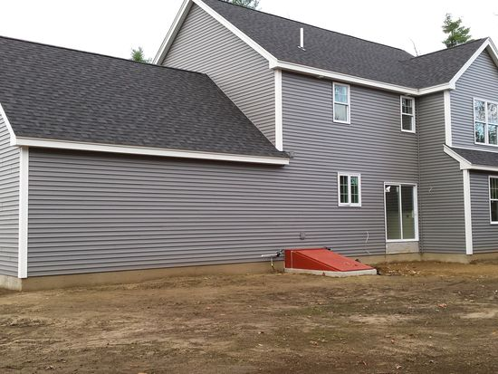4 Whippoorwill Cir, Londonderry, NH 03053