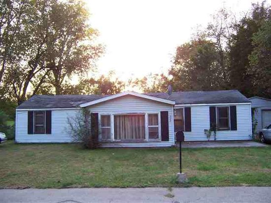 923 Georgia Rd, Goshen, IN 46528