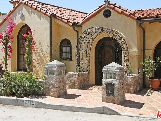 2719 Hollyridge Dr, Los Angeles, CA 90068