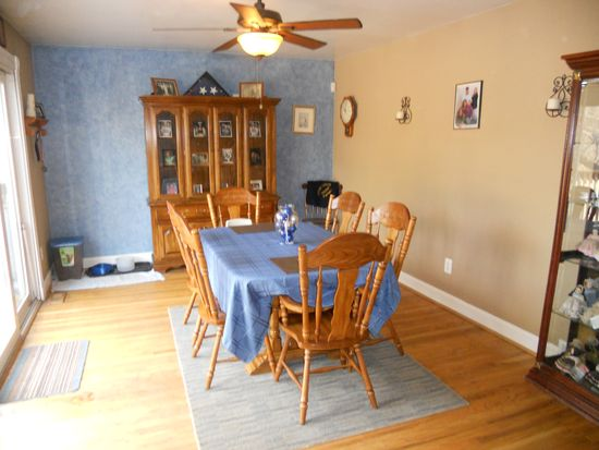 250 Park Ln, King Of Prussia, PA 19406