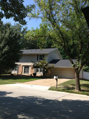 1773 Schoettler Valley Dr, Chesterfield, MO 63017