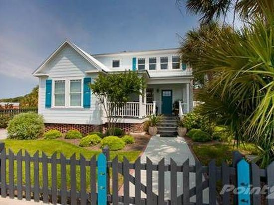 316 W Moore St, Southport, NC 28461