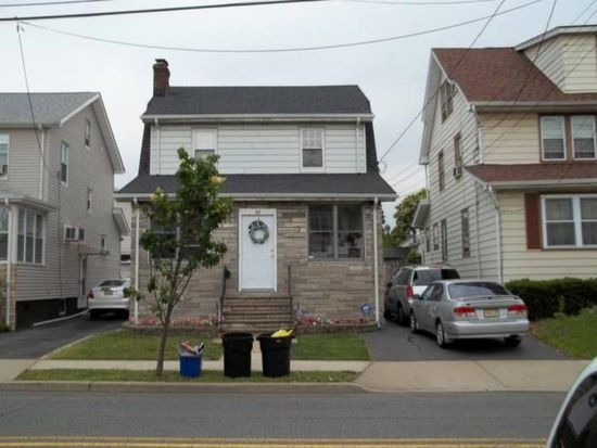 46 Grove St, Bloomfield, NJ 07003