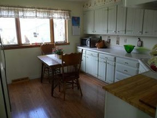 117 East St, Cherry Valley, IL 61016