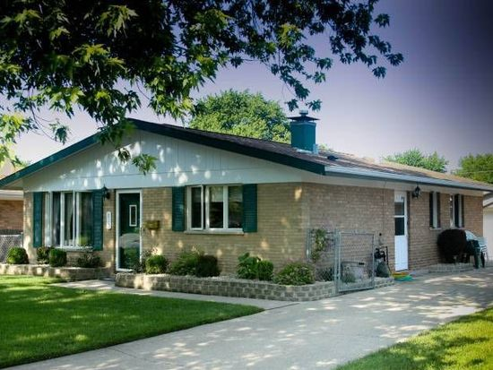 817 Park Ave, Thornton, IL 60476