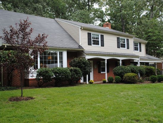 2329 Colton Dr, North Chesterfield, VA 23235