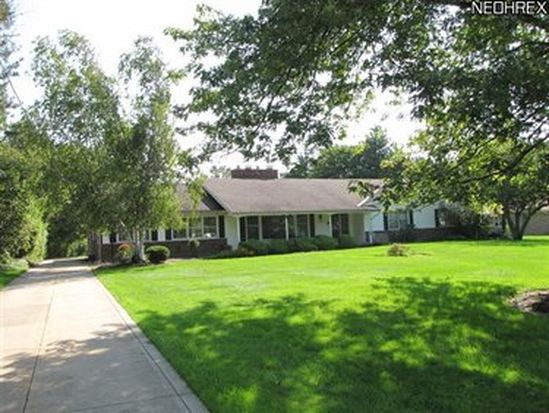 2549 Windy Hill Dr, Pepper Pike, OH 44124