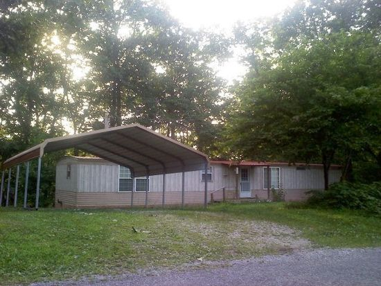255 Old Fox Hill Ln, Gainesboro, TN 38562