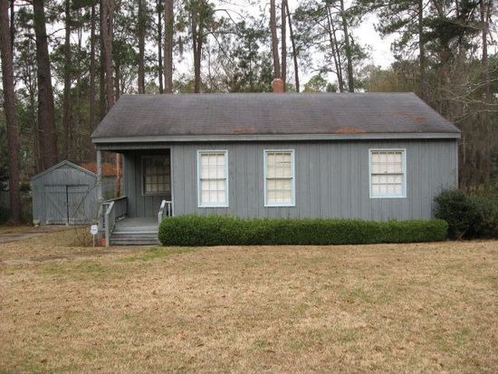1216 11th St SW, Moultrie, GA 31768