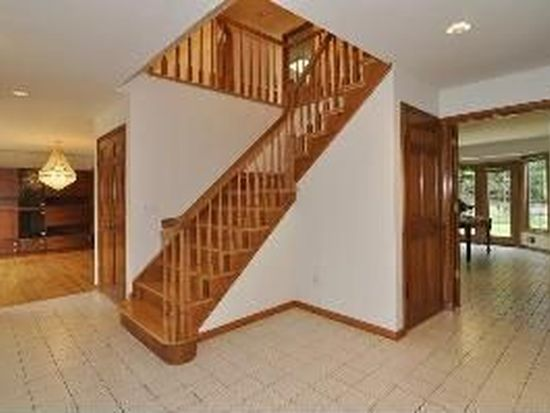 12 Brentwood Dr, North Caldwell, NJ 07006