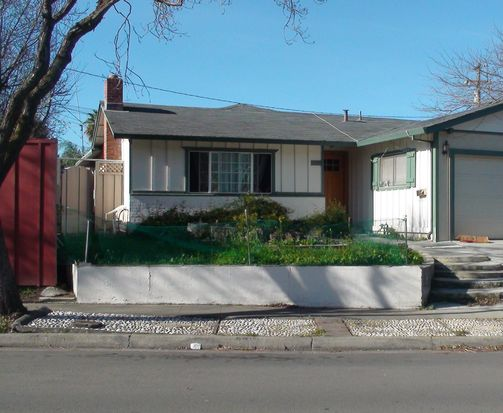 511 Carnegie Dr, Milpitas, CA 95035