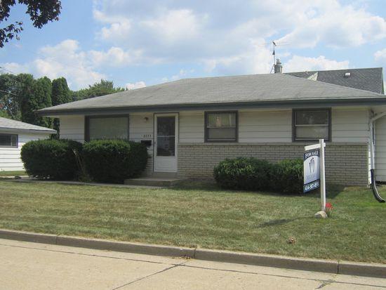 2233 W Leroy Ave, Milwaukee, WI 53221