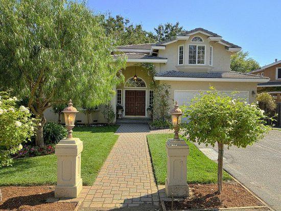 745 Parma Way, Los Altos, CA 94024