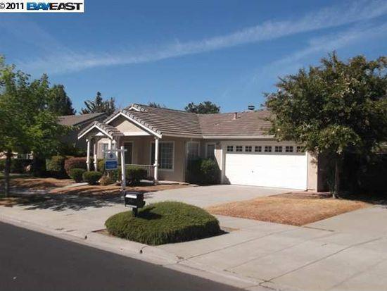 6636 Village Dr, Livermore, CA 94551