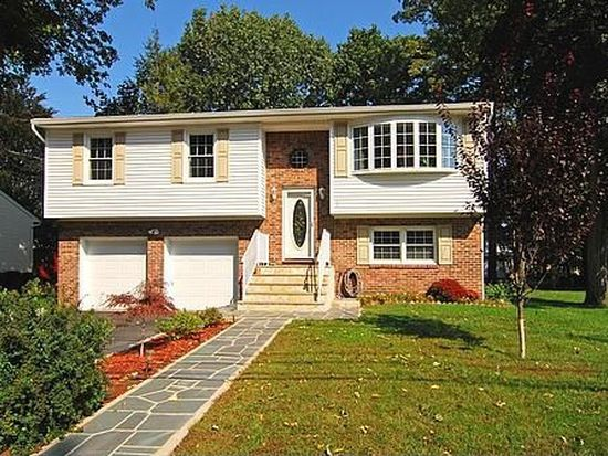 2 Max Dr, Morristown, NJ 07960