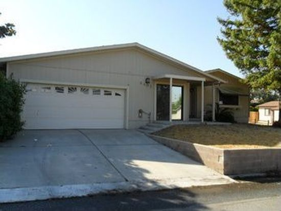 6401 Derby Dr, Bakersfield, CA 93306