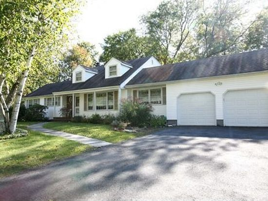 35 Taylor Dr, West Caldwell, NJ 07006