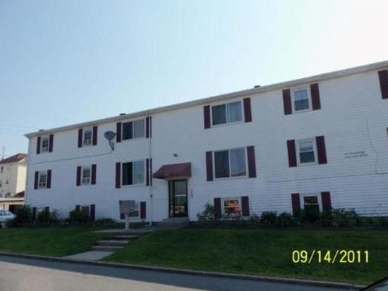 120 15th St APT 2, Fall River, MA 02723