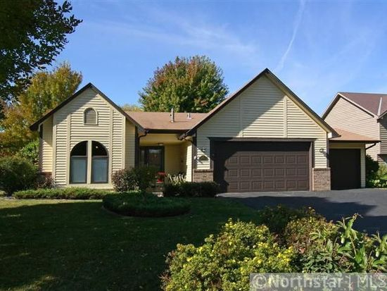 9445 Annapolis Ln N, Maple Grove, MN 55369