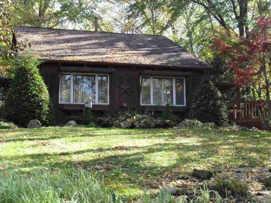 11686 Oakview Rd, Conneaut Lake, PA 16316