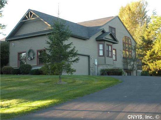 6 Old Farm Ln, Cazenovia, NY 13035
