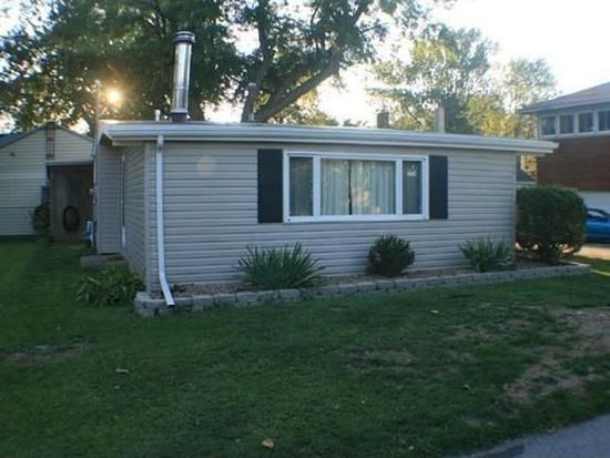 39 Middle Ave, Huron, OH 44839