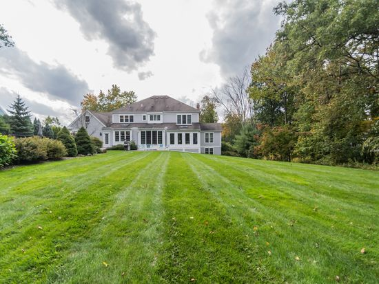 5 High Meadow Rd, Andover, MA 01810