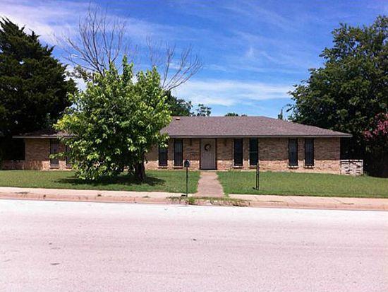 138 S Crestwood Blvd, Desoto, TX 75115