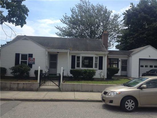 185 Greeley St, Pawtucket, RI 02861