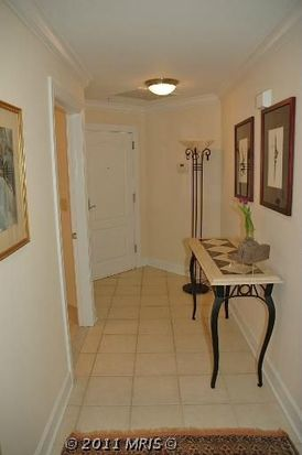 502 W Broad St APT 316, Falls Church, VA 22046