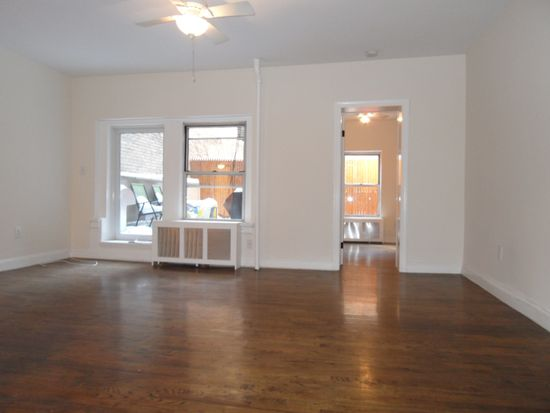 238 W 72nd St APT 2R, New York, NY 10023