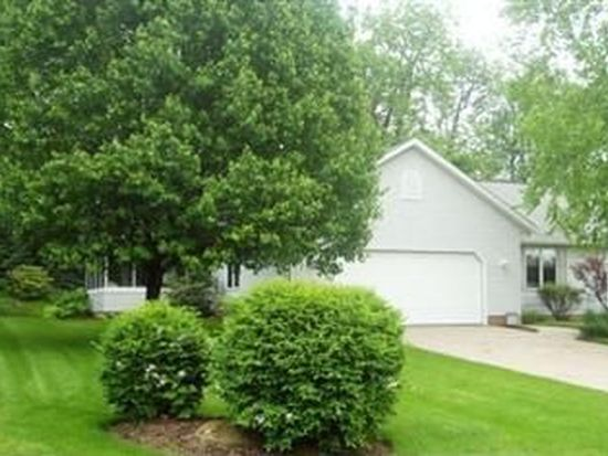 6536 Pebble Creek Ave NW, Canton, OH 44718