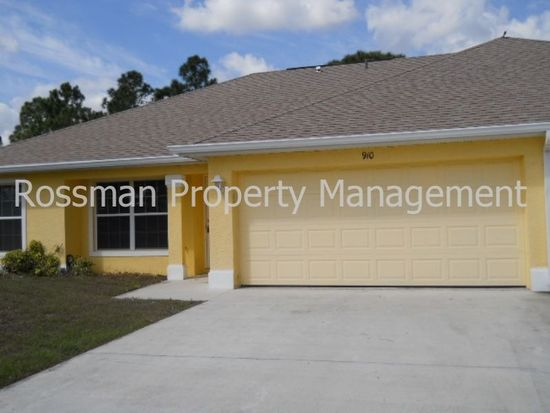 908 Hepburn Ave, Lehigh Acres, FL 33974